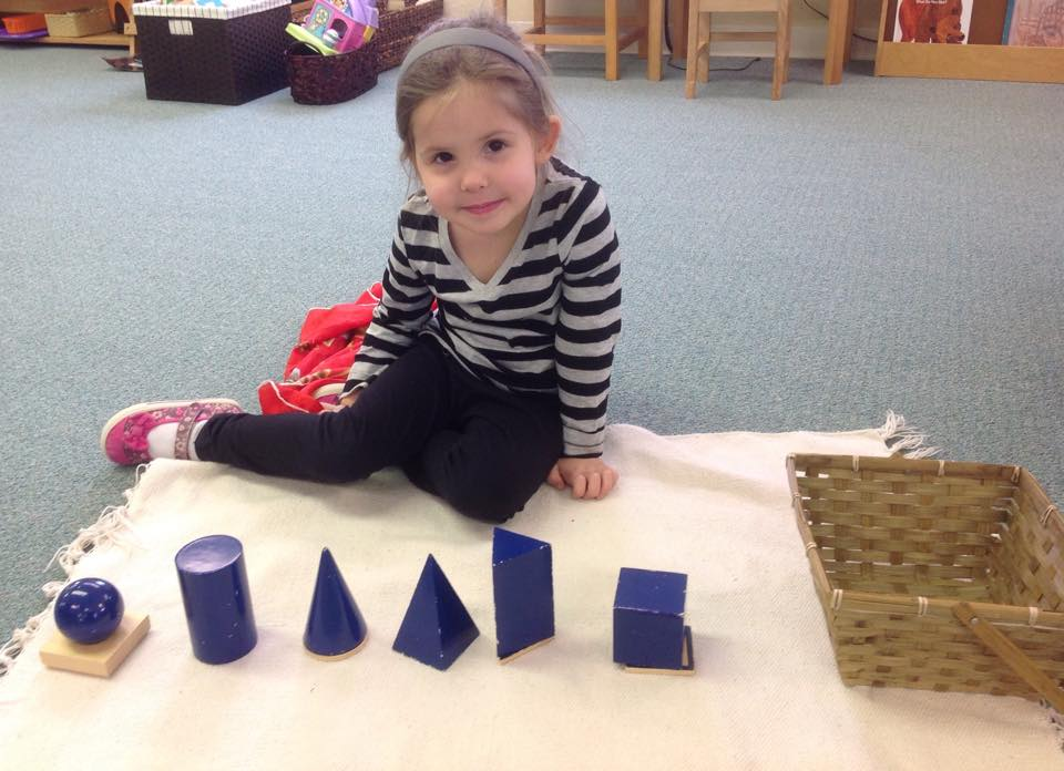 Working with 3D shapes in preschool
