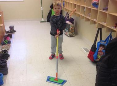 Canton Preschool Practical Life Mop